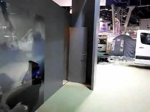 Stand mercedes sur salon du v hicule de loisir paris 2010 for Salon vehicule de loisir