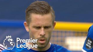 Gylfi Sigurdsson penalty puts Everton 2-0 up against Leicester City   Premier League   NBC Sports