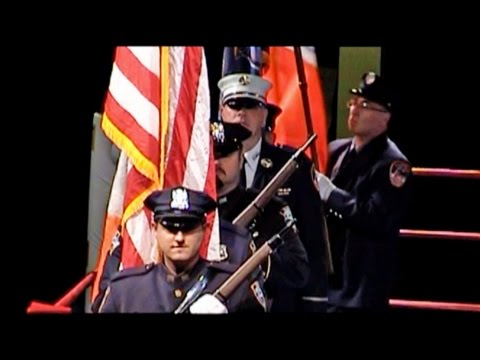 BATTLE OF THE BADGES : NYPD / FDNY : 11/20/15 : NEW YORK CITY
