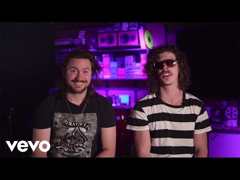 Peking Duk - Stranger ft. Elliphant (Vevo Show & Tell)