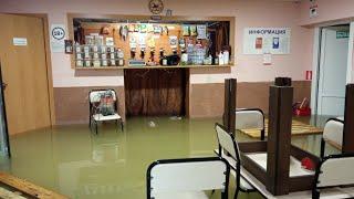 В Туле канализацией затопило кафе: люди ждали помощь более 10 часов
