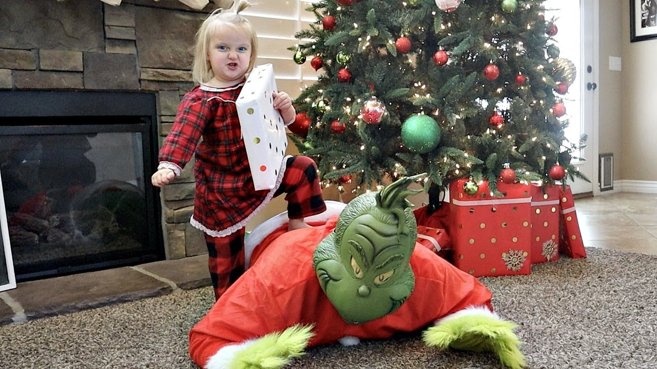 Download ESCAPE the GRINCH! Grinch Stole our Presents