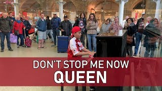Queen Don't Stop Me Now Piano Cover Draws Huge Crowd in London Train Station Cole Lam 12 Years Old