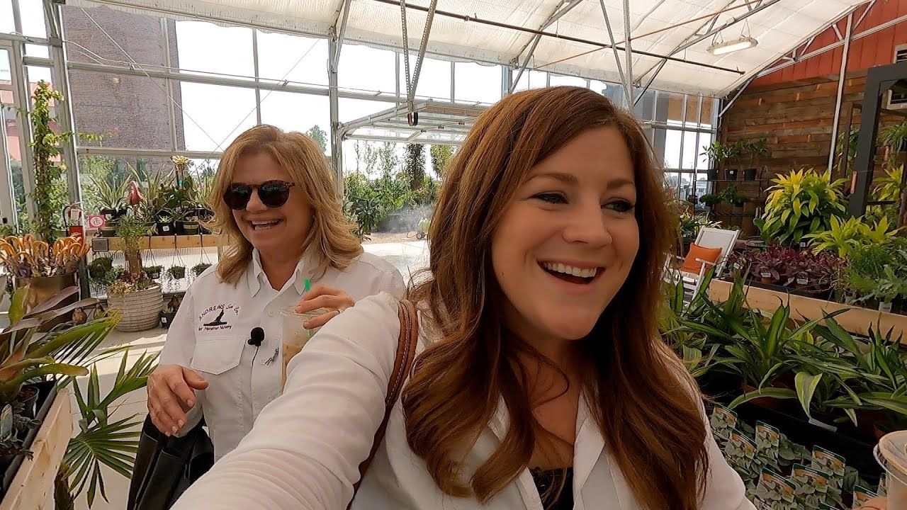 Checking Out a New Garden Center & Antiquing with My Mom! 💚🙌 // Garden Answer