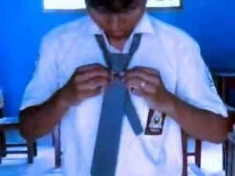 cara menggunakan dasi