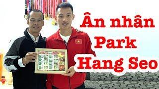 Thăm nhà cầu thủ Đỗ Hùng Dũng - HLV Park Hang Seo - Quang Hải và ĐT Việt Nam