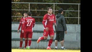 Các tuyển thủ Việt Nam lũ lượt sang phòng Trọng Hoàng gửi tiền mừng cưới   AFF Cup 2018