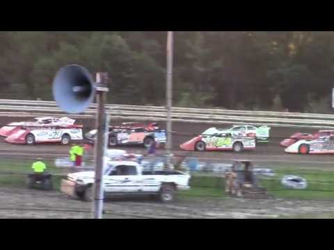 Hummingbird Speedway (9-15-18): BWP Bats Super Late Model Heat Race #2