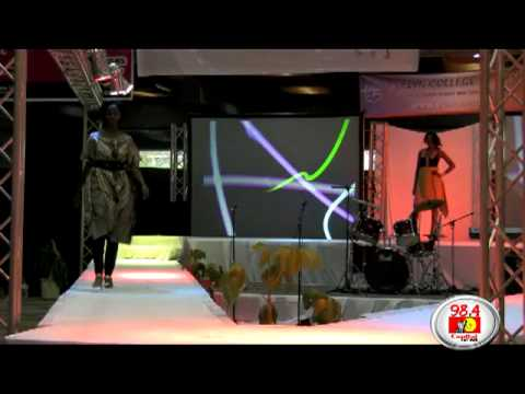 Evelyn College Of Design Lovely Ladies Walk The Runway Youtube