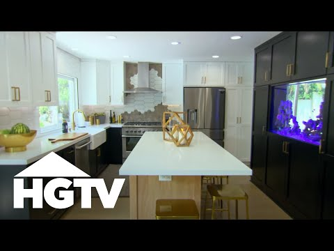 Cooking With the Fishes | Christina On The Coast | HGTV