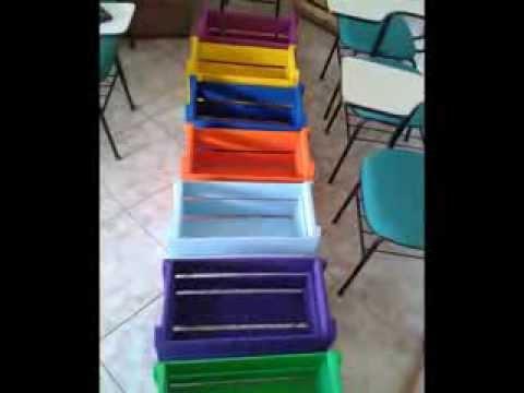 Muebles reciclados para la escuela youtube for Muebles colegio