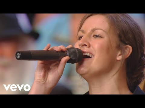 the-collingsworth-family---blood-of-jesus-[live]