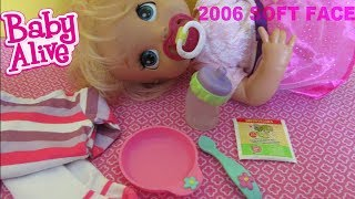 BABY ALIVE 2006 SOFT FACE Feeding and Changing