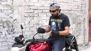 Hard Core Vic: cómo hacer caballitos en una moto