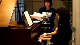 ピアチェーレピアノ研究会 2015年春のコンサートにて演奏 相方さんが耳...