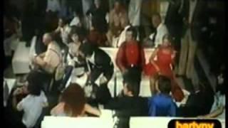 Raoul Casadei nel film ' la nottata.1974( regia di tonino cervi).mpg