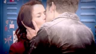 Patricia + Eddie (Peddie) - House of anubis / Kiss you
