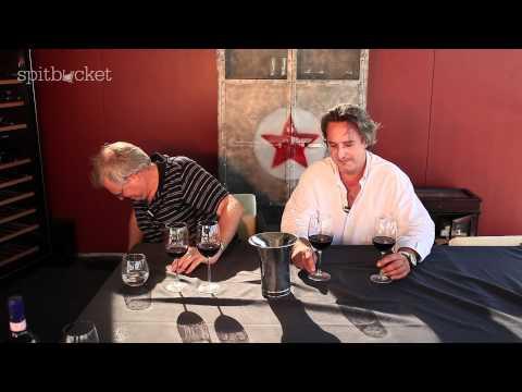 Wine Review: Mollydooker Carnival Love Shiraz 2010 and Velvet Glove Shiraz 2010 - episode 132
