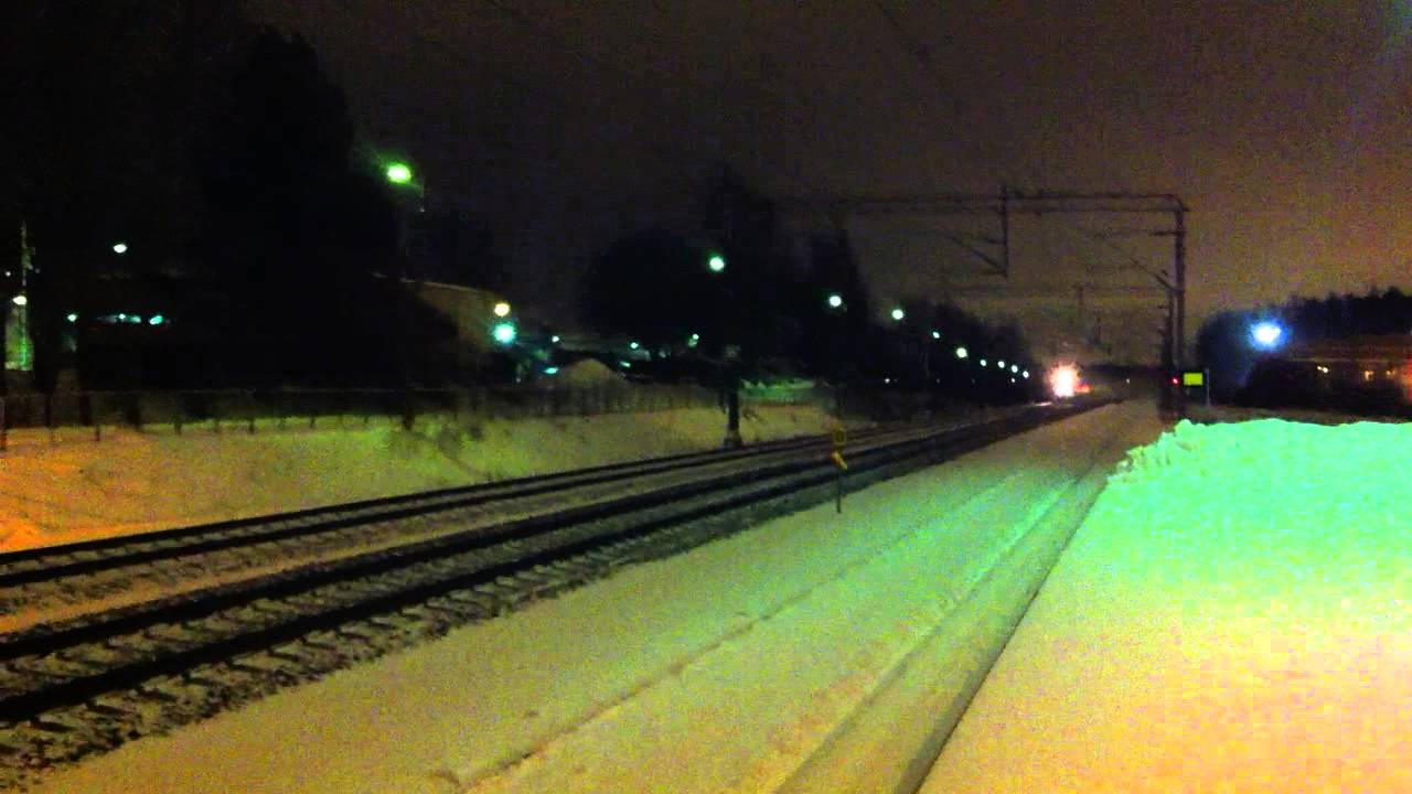 [VR] class Sm 3 Pendolino as train nr. S 60 from Oulu to Helsinki passing Korso station. - YouTube