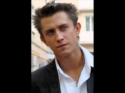 Топ-самых красивых русских актёров