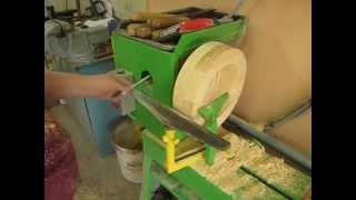 точение карниза на токарном станке по дереву(В этом видео больше болтовни,чем дела., 2015-04-08T10:56:12.000Z)