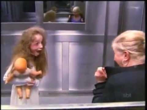 Menina Fantasma No Elevador   Pegadinha Com Anna Livya   Programa Silvio Santos