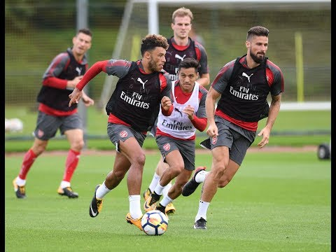 ARSENAL TRAIN AHEAD OF LIVERPOOL | Behind the scenes