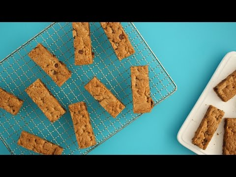 Chocolate Chip Cookies in a Sheet Pan - Martha Stewart