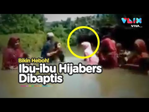 Geger! Ibu-ibu Hijab Dibaptis di Sukabumi