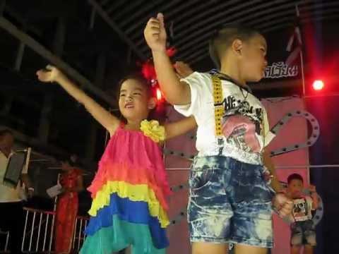 kan guo lai dance (kid)