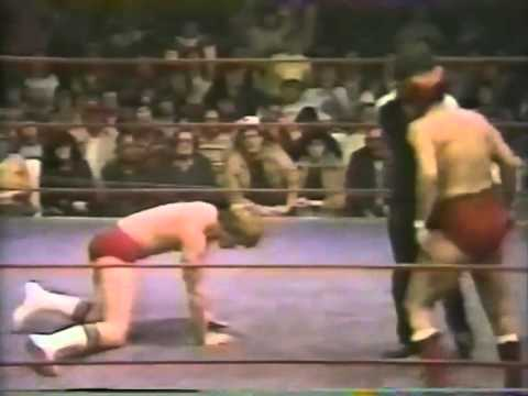 Mike Von Erich vs Buddy Roberts