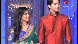 Star Parivaar Awards Performance on diwali 2011 - @veer