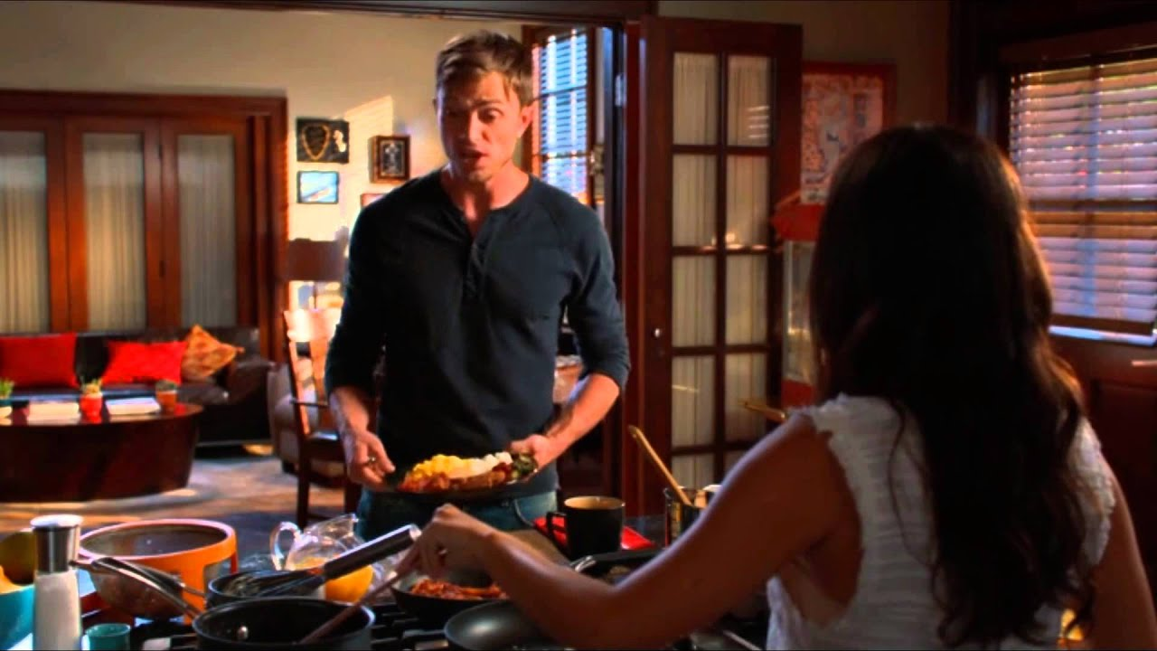 Zoe & Wade Scenes 4x01 Part 1/10 Kitchen (HD)
