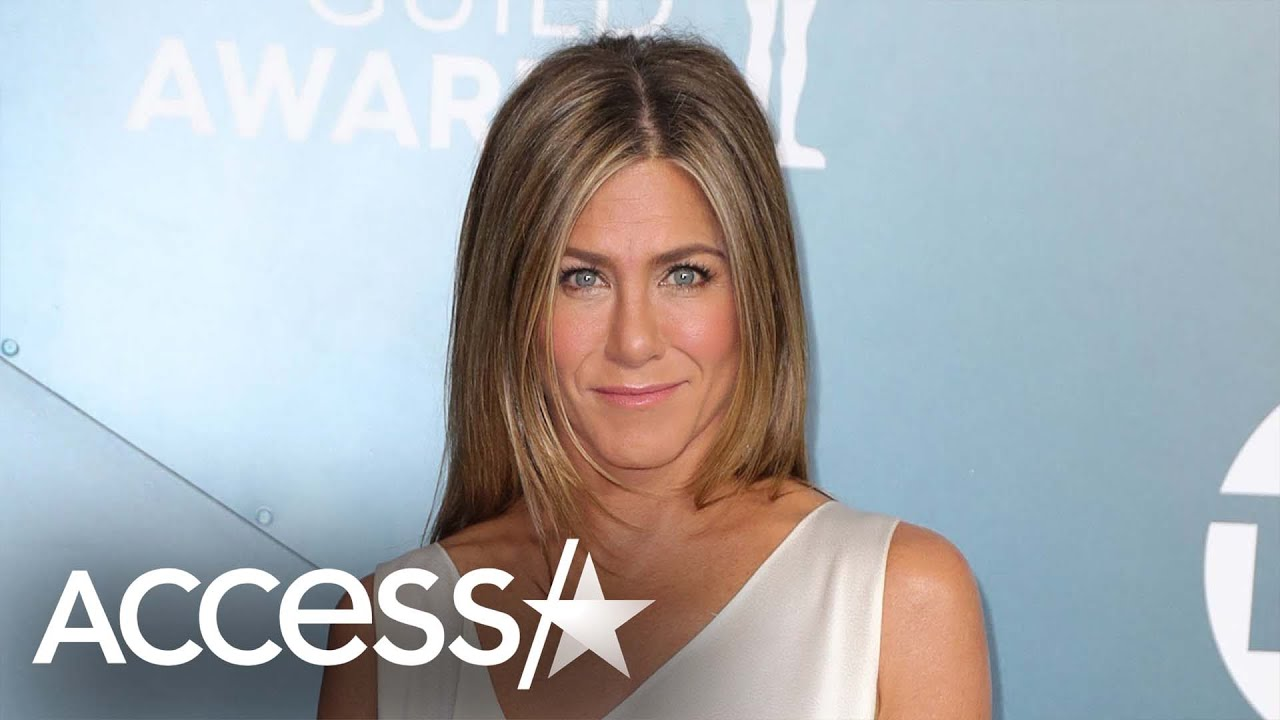 Jennifer Aniston Says She Wants To Date Someone Who Isn't A Celebrity