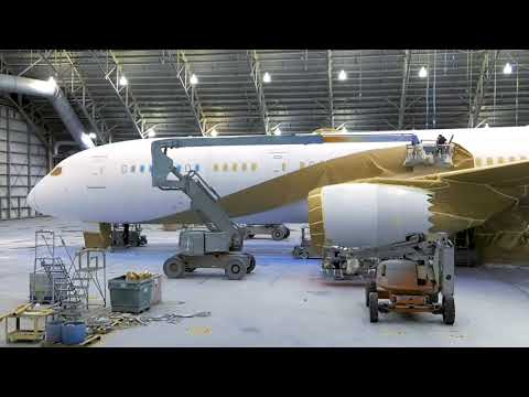 Oman Air's brand new Boeing 787-9 Dreamliner