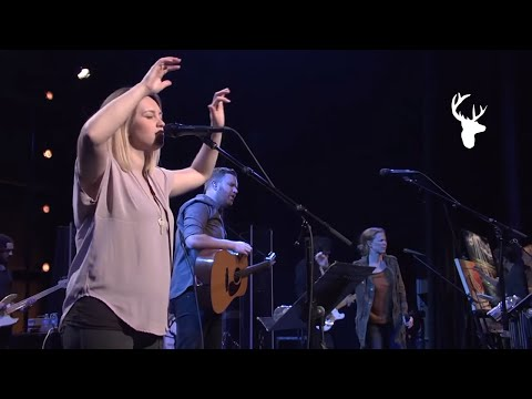 Bethel Music Moment: Shepherd + Spontaneous - Paul and Hannah McClure