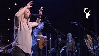 Bethel Music Moment: Shepherd + Spontaneous - Paul and Hannah McClure