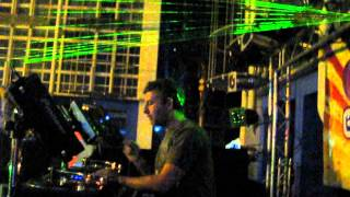 DJ Force & MC Junior //Pretty Green Eyes // LIVE