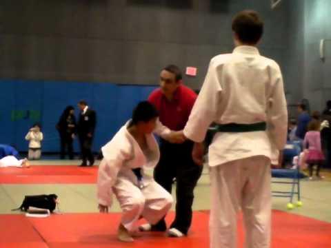 Eugene Skobelev vs Judo Brown Belt.MP4