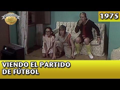 El Chavo | Viendo el partido de fútbol (Completo)