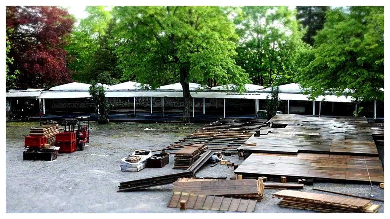 Montage De La Terrasse De L Hippodrome 2012