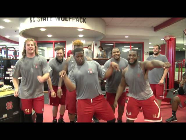 Taylor Swift Nc State Football Sings Shake It Off In Video Sports Illustrated