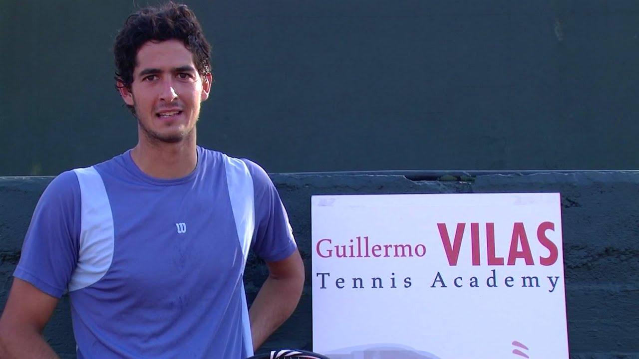 Juan Pablo Amado entrena en Guillermo Vilas Tennis Academy