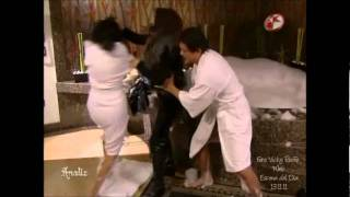 Victoria Ruffo en Triunfo del Amor *Escena del dia 13.11.11*
