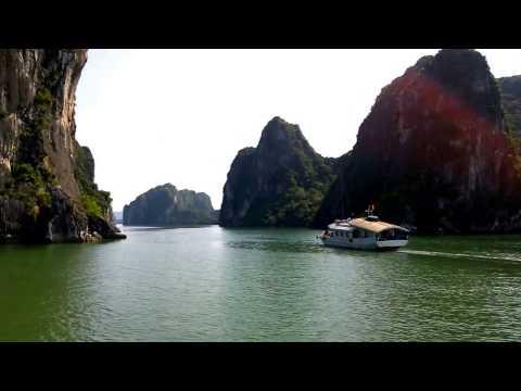 Ha Long Bay Traveling in Vietnam 2015 | Vietnam Ha Long Bay Tourism Video Guide ០០2