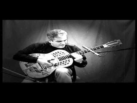 Barry C Davison performs