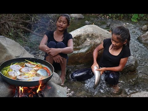 Catch Fish & Cook Fish Soup For Eating Delicious - Cooking Fish Soup Recipe Taste Delicious Ep 30