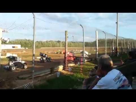 35 Raceway Heat Race - Mike Badgley #22