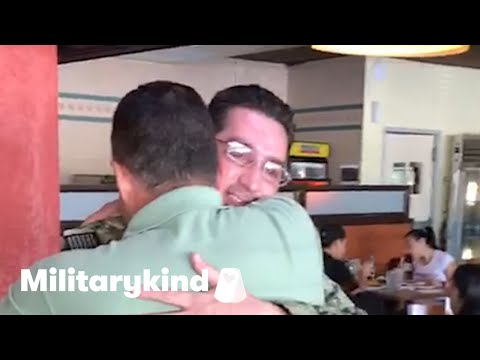 Sailor surprises dad after two years away | Militarykind