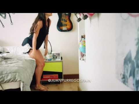 Mariana Se Desnuda Ante Hernan Dario